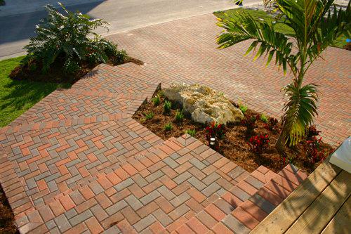 Paving Crew is Your Sarasota Walkway Installer